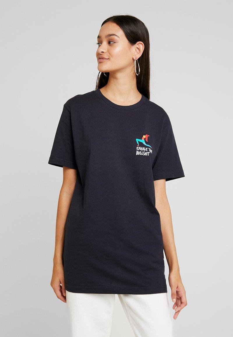 Merchcode - LADIES EXHALE TEE - T-shirt imprimé - navy