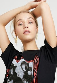 Merchcode - LADIES PINK FLOYD LOGO TEE - T-shirt imprimé - black - 4