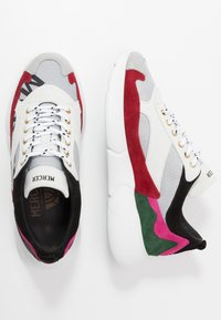Mercer Amsterdam - Sneakers - white/red/pink - 1