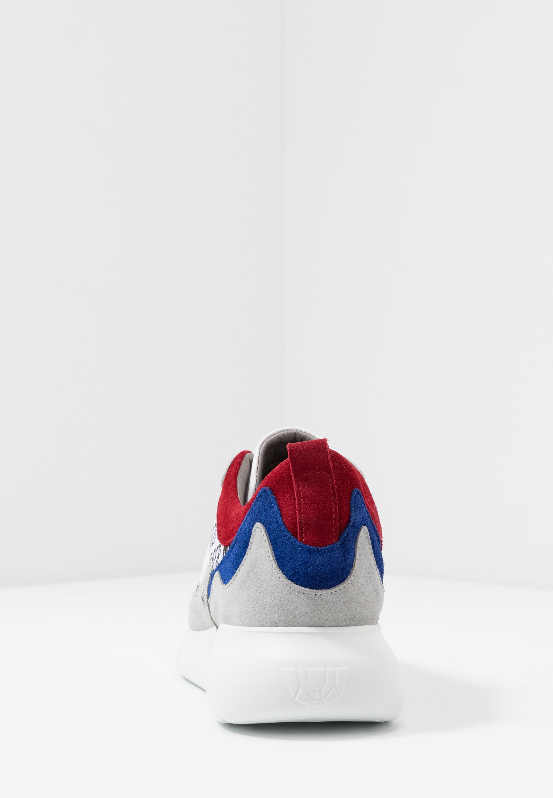 Mercer Amsterdam Sneakers Basse - Red/blue/grey Scarpe Scontate
