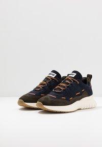 Mercer Amsterdam - Sneakersy niskie - olive/navy - 2