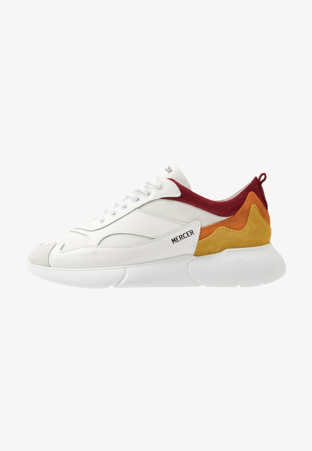 Matalavartiset tennarit - white/orange/yellow