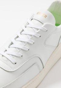 Mercer Amsterdam - Sneakers - white - 5