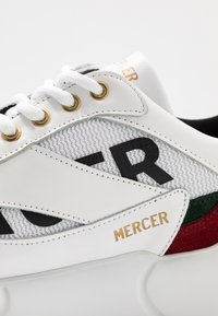 Mercer Amsterdam - Baskets basses - white/red/green - 5