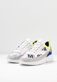 Mercer Amsterdam - Sneakers - yellow/blue/white - 2