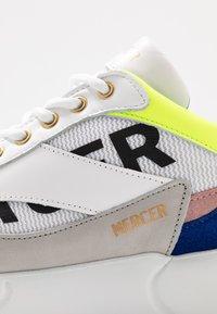 Mercer Amsterdam - Sneakers - yellow/blue/white - 5