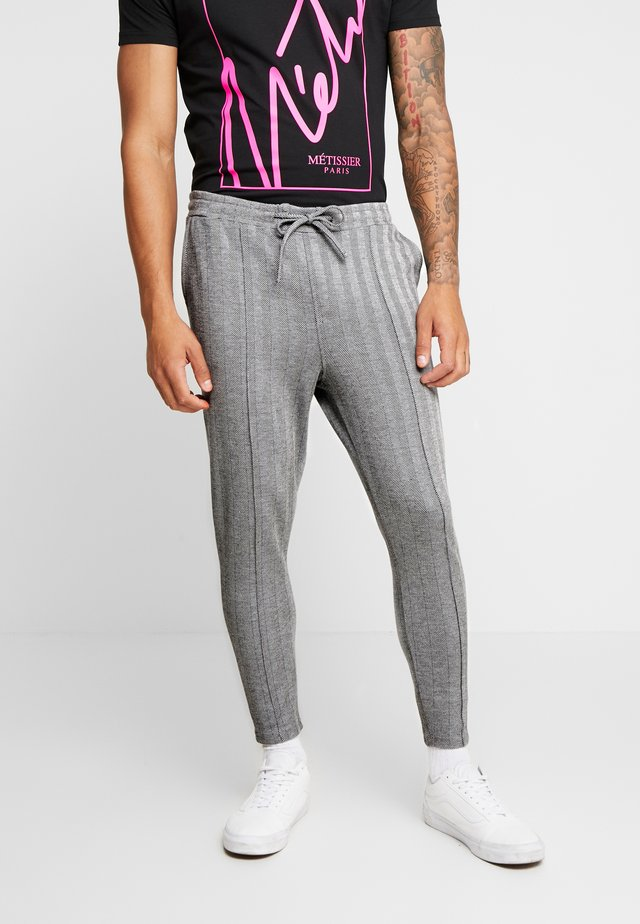 AVENTOR SMART JOGGERS IN HERRINGBONE - Tracksuit bottoms - black/grey