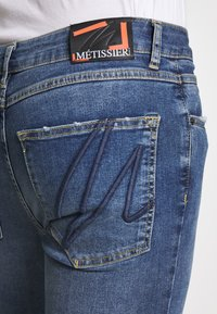 Metissier - NARIS MID WASH  - Slim fit jeans - blue - 3