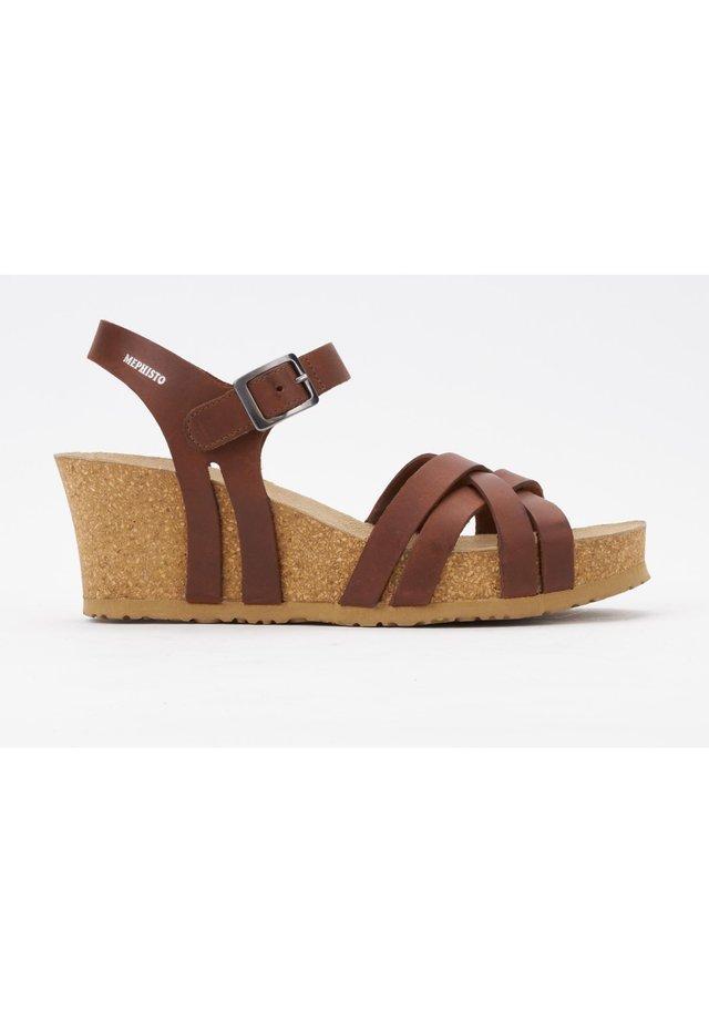 SANDALE LANNY - Wedge sandals - chestnut