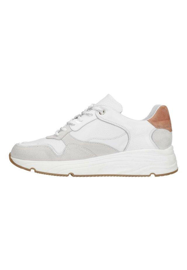 MANFIELD WEISSE SNEAKER MIT ROSÉ- UND BEIGEFARBENEN DETAILS - Sneakers laag - white