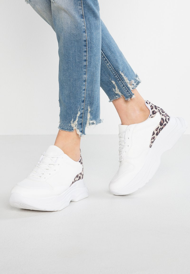 Miss Selfridge - TIA - Sneaker low - white