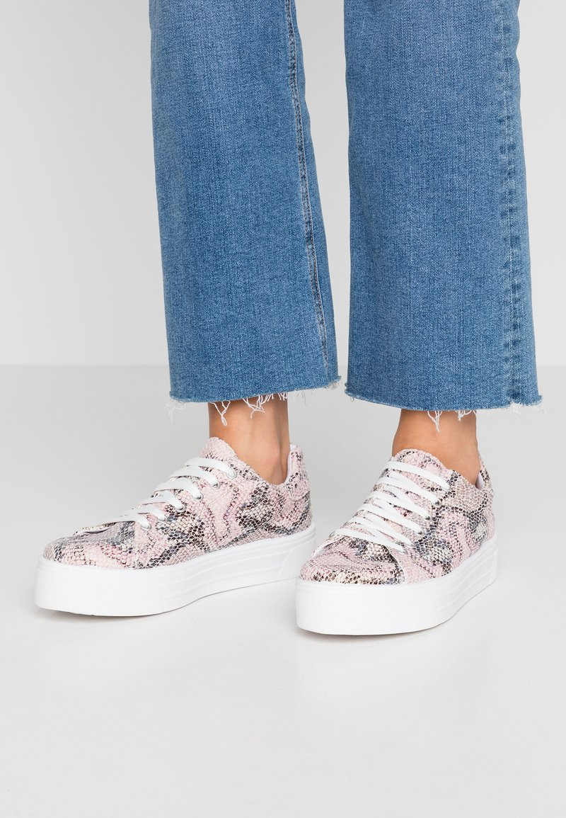 Miss Selfridge - TESS - Sneakers - pink