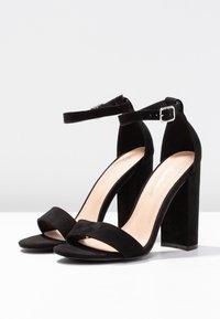 Miss Selfridge - HONEY  - Sandály na vysokém podpatku - black - 4