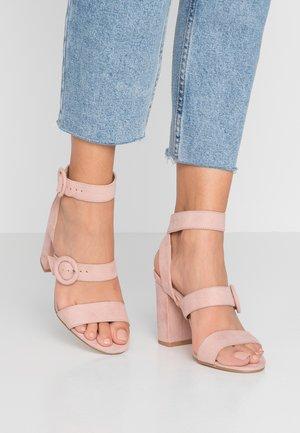 SCOUT - Sandały na obcasie - pink