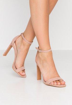 SALLIE - Sandalias de tacón - nude