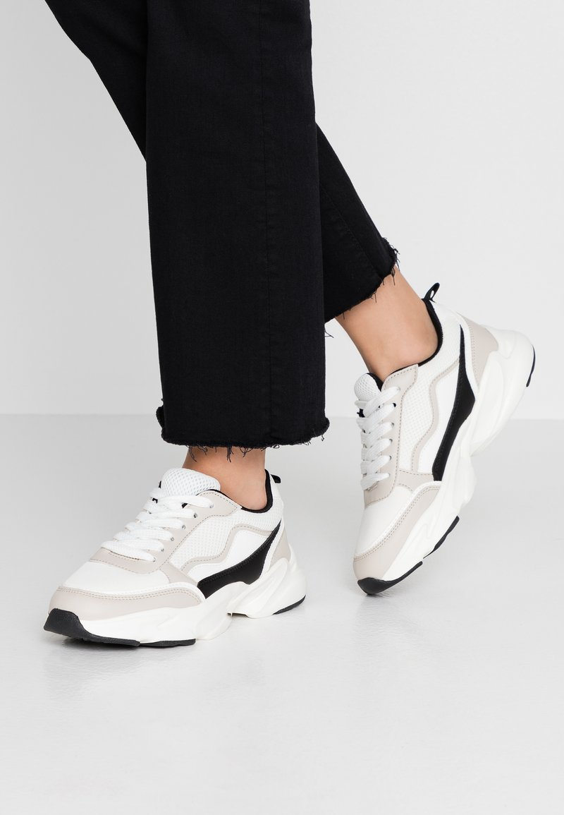 Miss Selfridge - CHUNKY MULTI PANEL TRAINER - Sneaker low - perspex