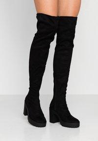 Miss Selfridge - OZZY - Kozačky na vysokém podpatku - black - 0