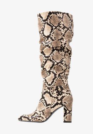 OXFORD - Vysoká obuv - beige / black