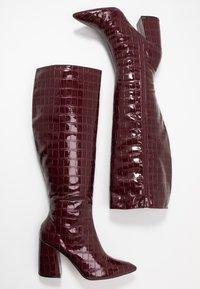 Miss Selfridge - OLYMPIA POINT STRAIGHT SHAFTKNEE HIGH - Stiefel - burgundy - 3