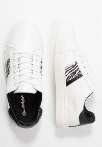 Miss Selfridge - TRINITY - Sneakersy niskie - white - 3