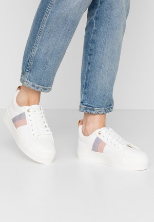 TRIP TRAINER - Sneakers basse - white