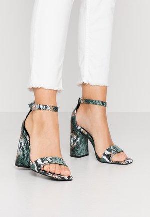 STEFFI - Sandály na vysokém podpatku - green