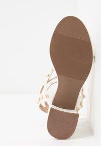 Miss Selfridge - SHAN STUD MULTI STRAP BLOCK HEEL - Sandaler - white - 6