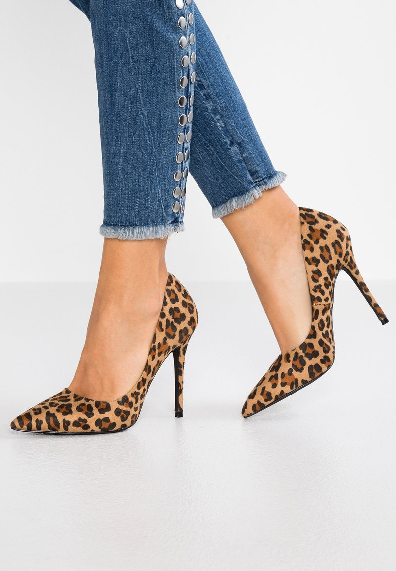 Miss Selfridge - POINTED COURT - Escarpins à talons hauts - multicolor