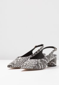 Miss Selfridge - CLARA - Klassieke pumps - grey - 4