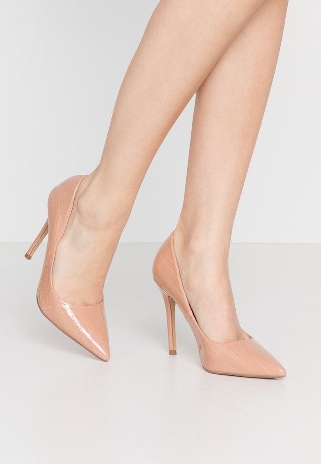CATERINAPOINTED STILETTO COURT - Klassiska pumps - nude eel