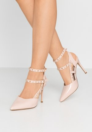 CASE STUD ANKLE CUFF COURT - High Heel Pumps - nude