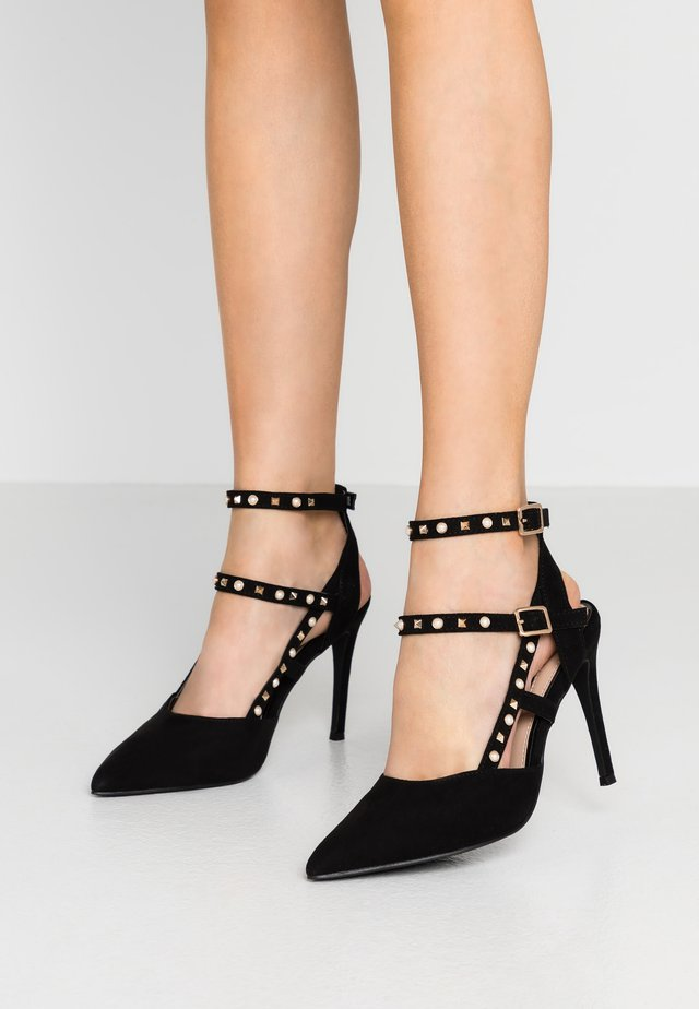 CASE STUD ANKLE CUFF COURT - High Heel Pumps - black