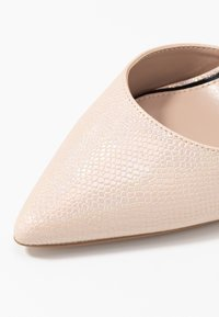Miss Selfridge - CRYSTAL COURT - High heels - metallic - 2
