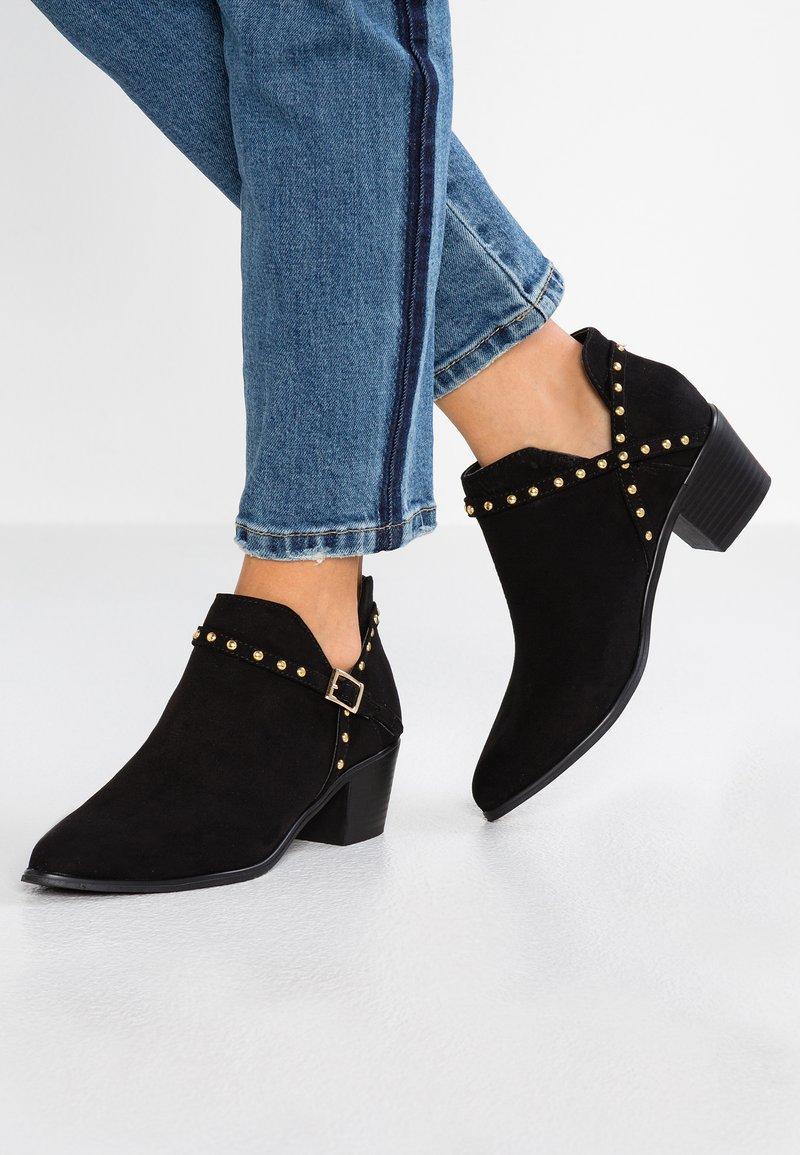 Miss Selfridge - DELLA STUD CUTOUT  - Ankle boots - black
