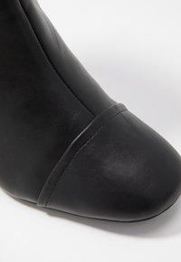Miss Selfridge - ROUND HEEL CHELSEA BOOT - Classic ankle boots - black - 2