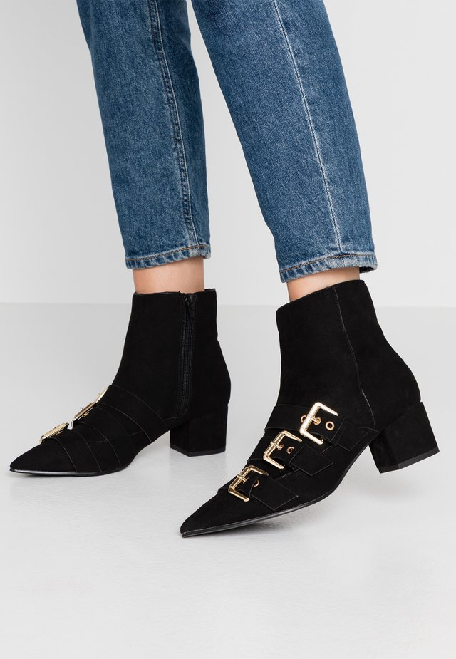 TRIPLE BUCKLE LOW BLOCK BOOT - Classic ankle boots - black