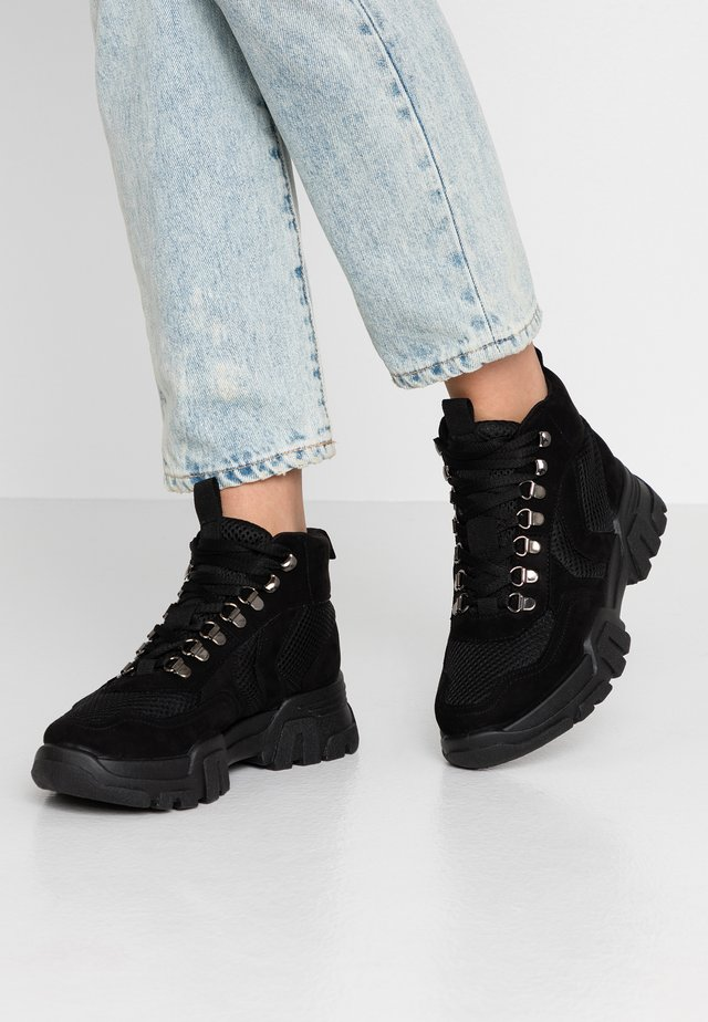 HIKER LACE UP HIGH TOP - Ankle boots - black