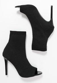 Miss Selfridge - PEEP - Kotníková obuv na vysokém podpatku - black - 3