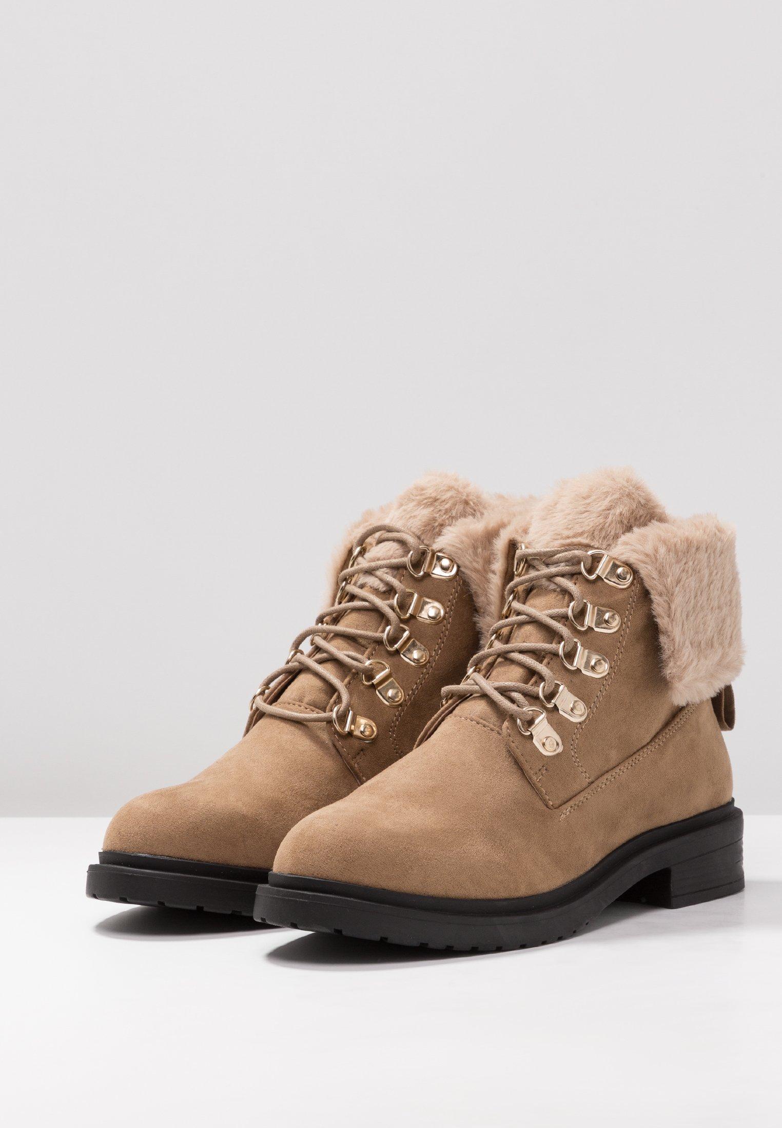 BootBottines Miss Lacets Selfridge Desert À Tan n0w8OPkX