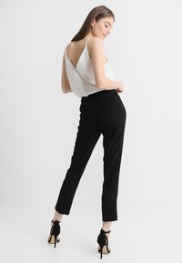 Miss Selfridge - CIGARETTE - Kangashousut - black - 2