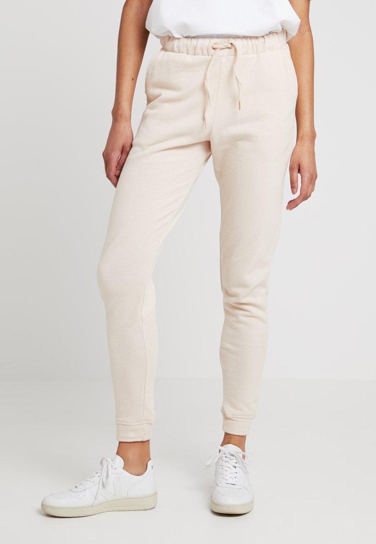 Miss Selfridge - LOUNGECUFF - Pantalon de survêtement - pink
