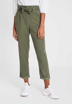 PAPERBAG TROUSER - Trousers - khaki