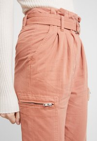 Miss Selfridge - NEW SIDE POCKET TROUSER - Bukse - blush - 5