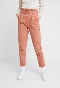 Miss Selfridge - NEW SIDE POCKET TROUSER - Bukse - blush - 0