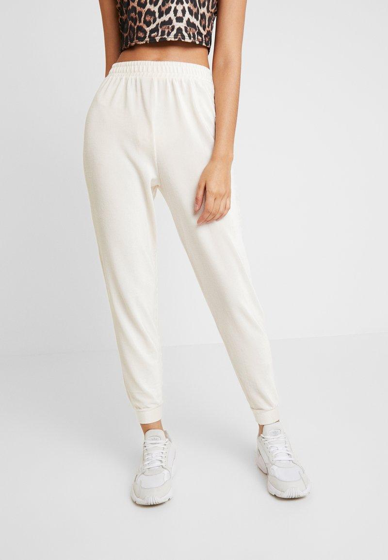 Miss Selfridge - Teplákové kalhoty - nude