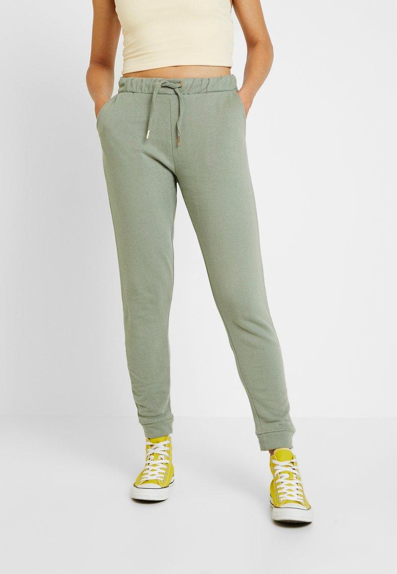 Miss Selfridge - JOGGER - Teplákové kalhoty - khaki