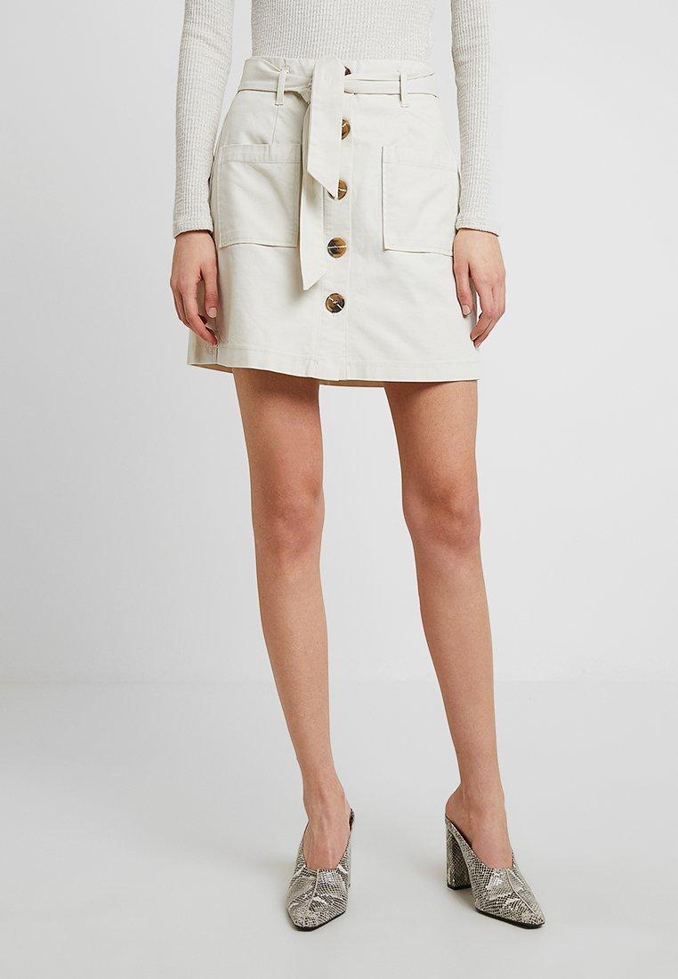 Miss Selfridge - BUTTON THRU SKIRT - Áčková sukně - cream