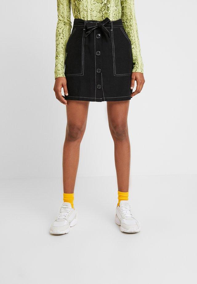 CONTRAST STITCH BUTTON THROUGH SKIRT - A-line skirt - black