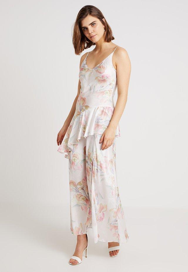 PRINTED FLORAL BIAS MAXI - Festklänning - nude