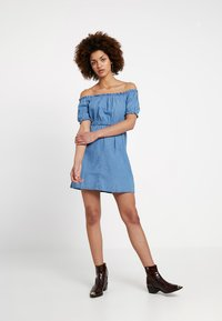 Miss Selfridge - BARDOT DRESS - Spijkerjurk - blue - 1